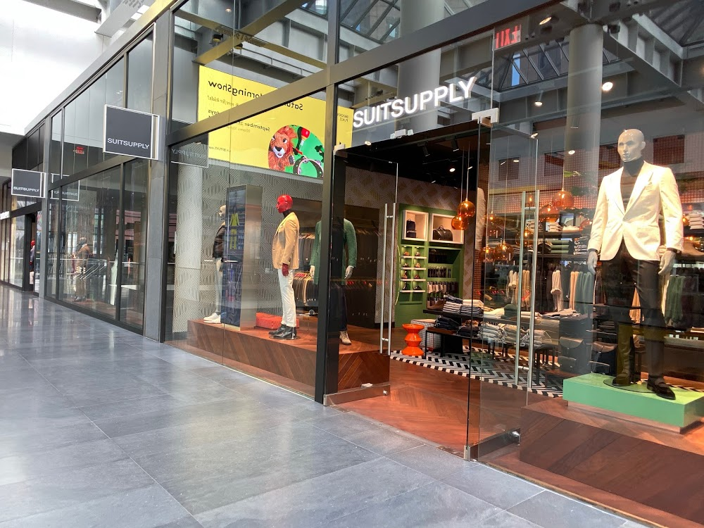 Suitsupply – Brookfield Place