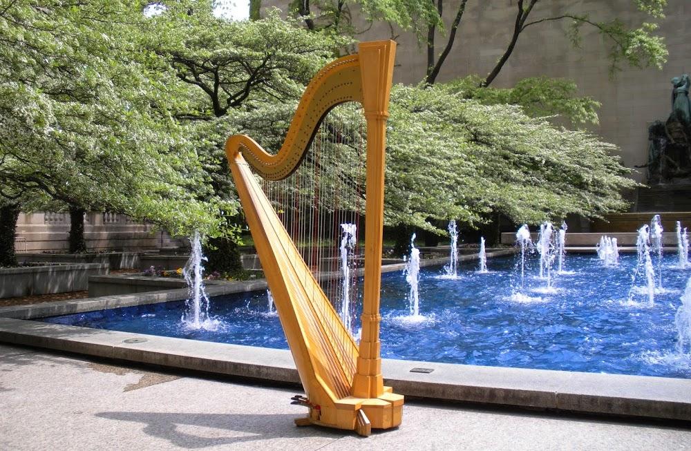 Renee Wilson – Chicago Wedding Harpist